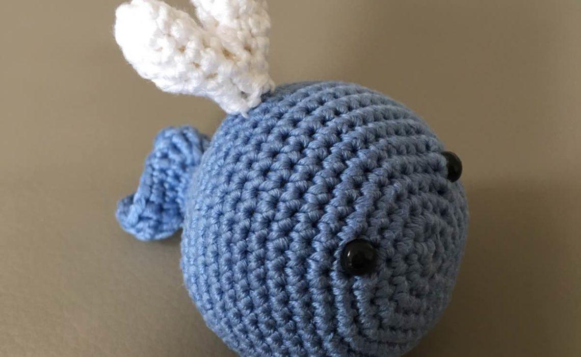 Baby Rassel Ein Kleiner Häkel Wal Entsteht Kerrilottade